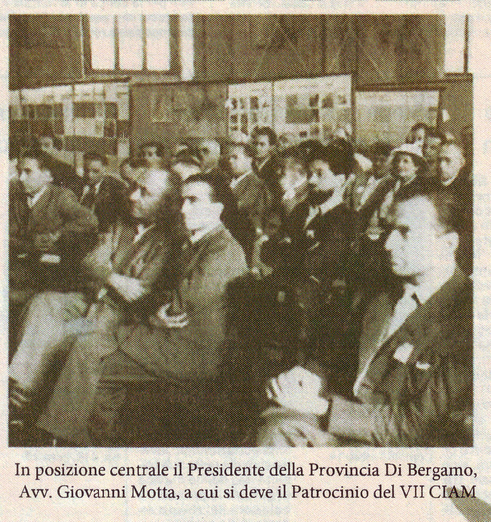 Foto tratta da articolo del l'Eco di Bergamo del 1949 su Le Corbusier a Bergamo