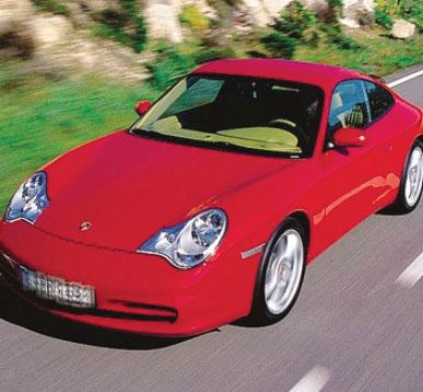Una Porsche 911 come quelle finite nel mirino della Guardia di finanza