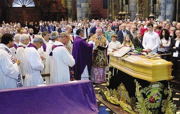 Nella basilica di Gandino sono stati celebrati ieri mattina i funerali di monsignor Angelo Gelmi