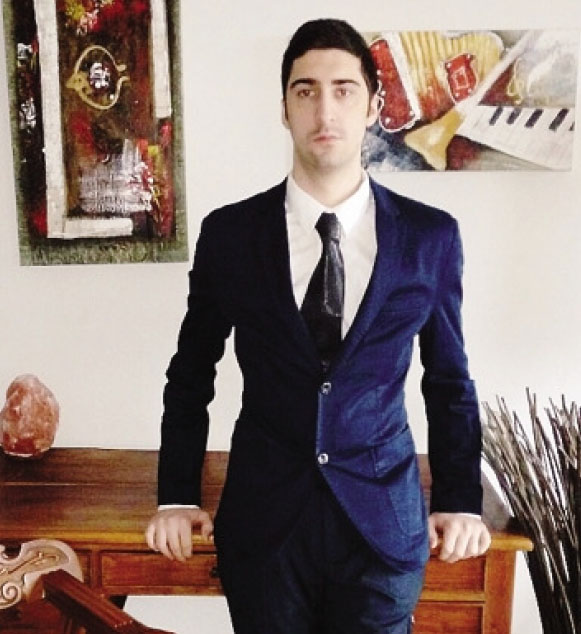 Elvis Vlcek ha 24 anni: ora studia a Waterford, in Irlanda