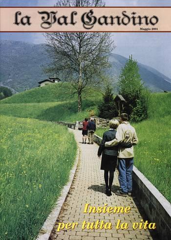 Copertina di Maggio 2001
