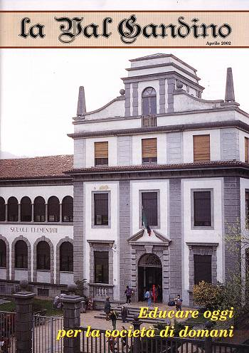 Copertina di Aprile 2002