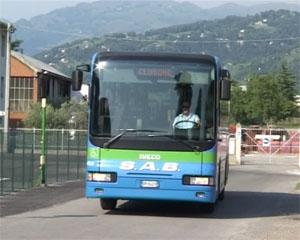 Cresce la protesta per la soppressione degli autobus