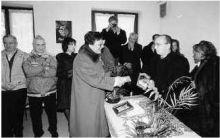 La maestra Gianna Novali premiata dall'Amministrazione comunale di Gandino (foto Fronzi)
