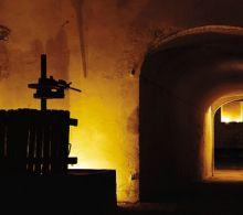 I sotterranei del convento di Gandino, dove c'era la ghiacciaia