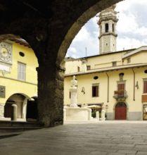 Piazza Vittorio Veneto a Gandino