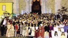 Figuranti in costumi d'epoca per la rievocazione storica «In Secula» a Gandino